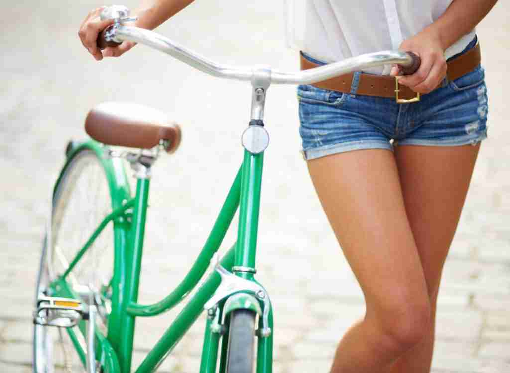 Is Walking or Cycling Better For Toning Thighs?