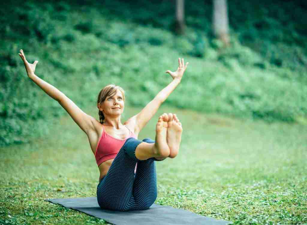 A Guide To Breathing In Navasana